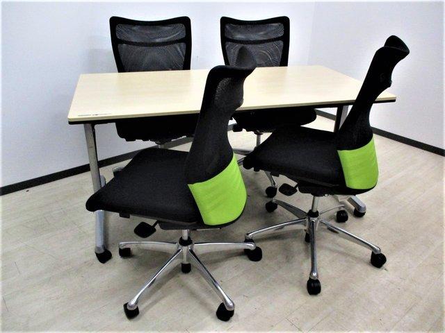 【便利なミーティングテーブル】御社の会議室を安らぎある空間にしませんか?