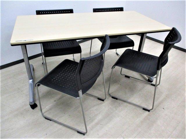 【格安で会議室作れます!】 ミーティングテーブルにも使える折りたたみテーブル!