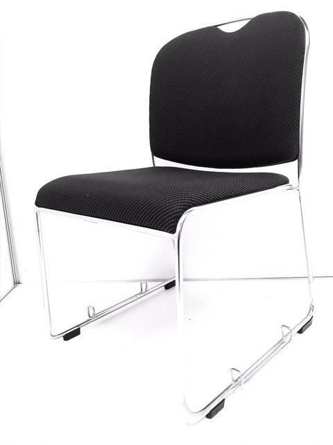 【人気のブラック】シンプルなデザインなのでどのオフィスにもマッチします!会議室などに!