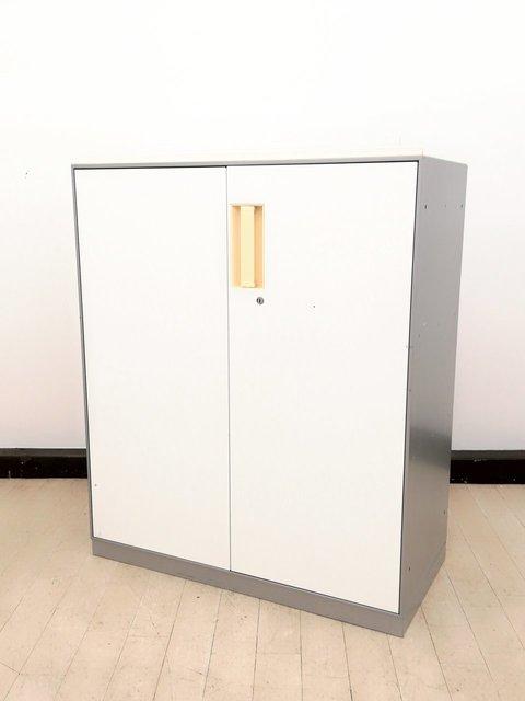 【2台入荷】現代のオフィスニーズへ柔軟に対応◆近未来カラーシルバー&ホワイト【コクヨ製】