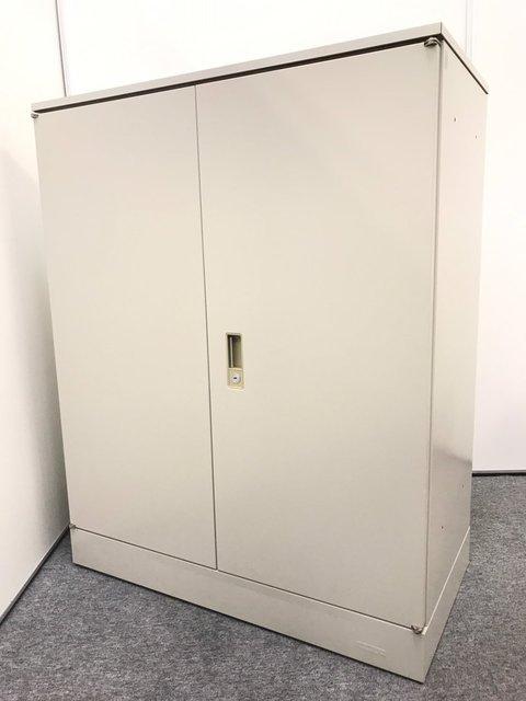 【1台限定】両開き書庫|オカムラ(okamura)|42型|定番シリーズの天板付き書庫