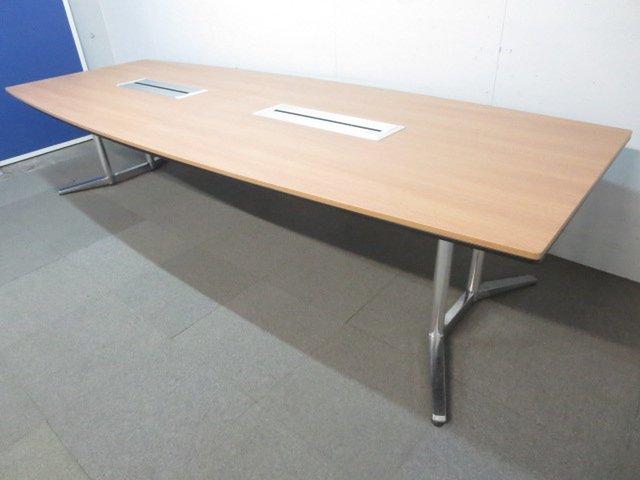 【上質な空間を演出!】■オカムラ製 会議用テーブル(W3200mm) ラティオシリーズ【高級家具】
