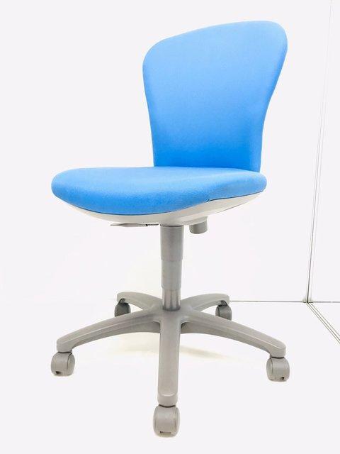 定番/人気/残2脚 スッキリとしたデザインと安定 した座り心地! ◆コクヨ製◆レグノ2◆モデレートブルー◆スタンダードタイプ