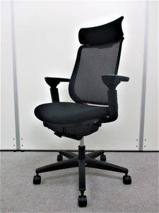 【伸びやかな座り心地】■ハイバック■ヘッドレスト付きミトラチェア