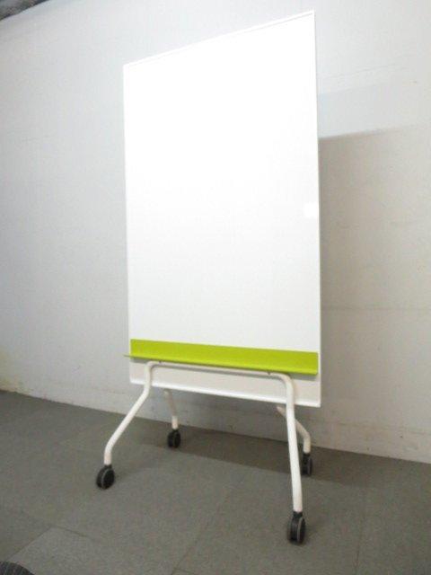 【フレキシブルに使える!】■キャスター付ホワイトボード!■コンパクトサイズ!【両面無地タイプ】
