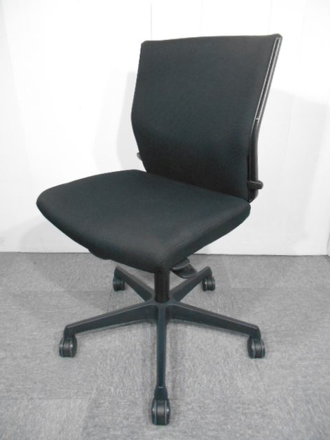 【9脚入荷】シックな見た目と快適な座り心地!【関西倉庫在庫】中古 オフィス家具