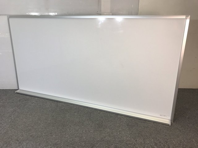 【福岡倉庫在庫】1800×900サイズ  ホーロー仕様 ホワイトボード≪壁掛け金具なし≫