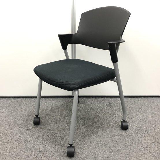 【2脚限定】人気のキャスター付きスタッキングチェア!!オフィスにも合わせやすいブラックチェア!