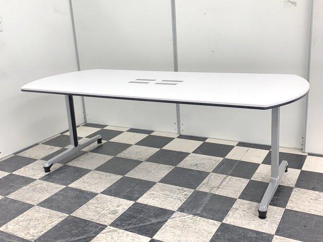 おしゃれな大型テーブル!オカムラ製 インターアクトシリーズ 6名~8名様仕様におすすめ! 会議に嬉しい配線穴付き!!