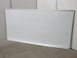 【盤面にへこみあります!】壁掛けが出来るホワイトボード!!片面タイプのため、両面よりもお安くご提供!!