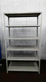 オカムラの珍しい色の中古ラックが1台入荷しました!!② 天地6段 耐荷重:段/150kg ボルトレスなので組立も簡単!   ※マテハン本舗の中古商品は、千葉県柏市に在庫がございます。