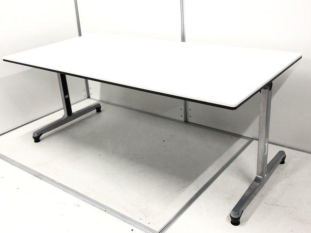 国産メーカー製のミーティングテーブル! オフィスの必需品です