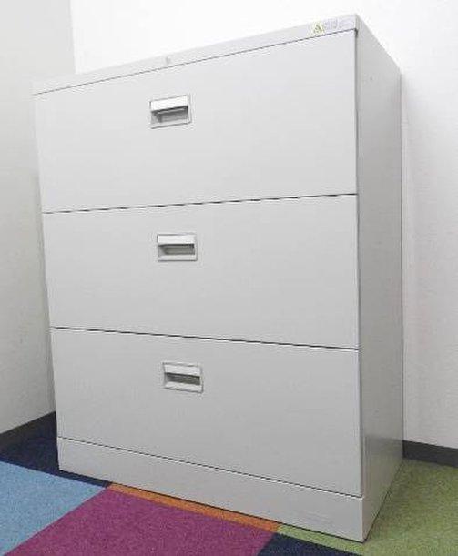 バックオフィスに汚れが目立ちにくい色