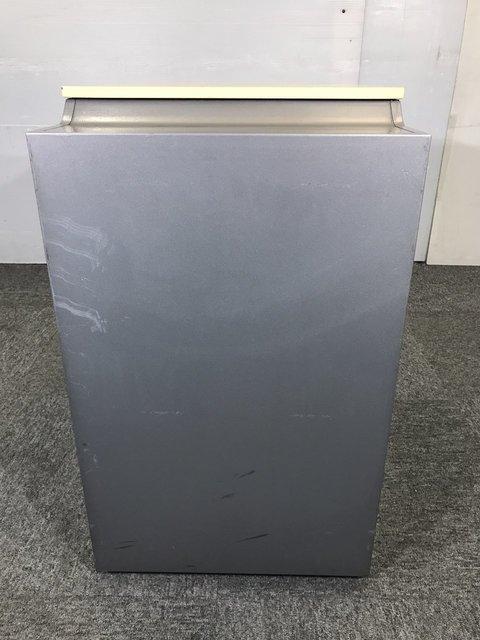 ◆ロット19台◆~オカムラ製プロユニットシリーズ3段ワゴン~ナチュラル色のレアカラーの入荷です!ホワイトデスクをお持ちの方は合わせやすそうです!                         プロユニット                                      中古