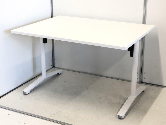 収納可能な会議テーブル! 使い勝手の良いサイドスタックテーブル!