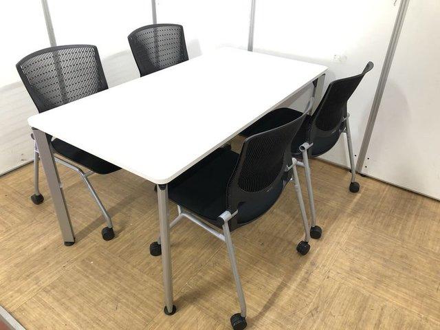 【来客用にピッタリ】テーブルとチェアの商談セット【シンプルかつスタイリッシュです】