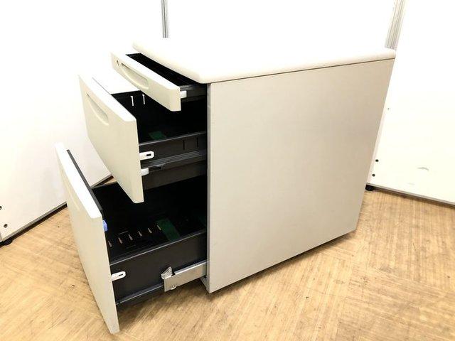 【デスク周りの整理整頓に最適】デスクインワゴン3段タイプ【テレワーク(在宅ワーク・リモートワーク)にも対応します】                         SDデスクシステム                                      中古