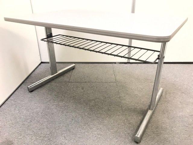 【便利な網棚付】定番の4人用ミーティングテーブル W1200×D750mm