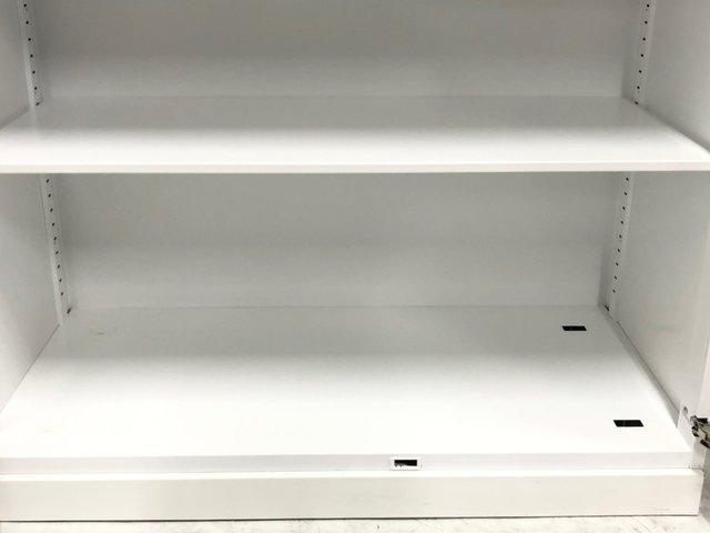 清潔感抜群のホワイトカラー!鍵穴付でセキュリティー性抜群!(鍵無商品は後日鍵郵送)コクヨ■エディア ★【J3】【3】                          エディア                                      中古