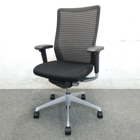 【10脚入荷!】【人気急上昇中】コーラルメッシュ!シンプルで貴賓のあるフォルム!中古 椅子 OAチェア オフィス家具 ハイバック
