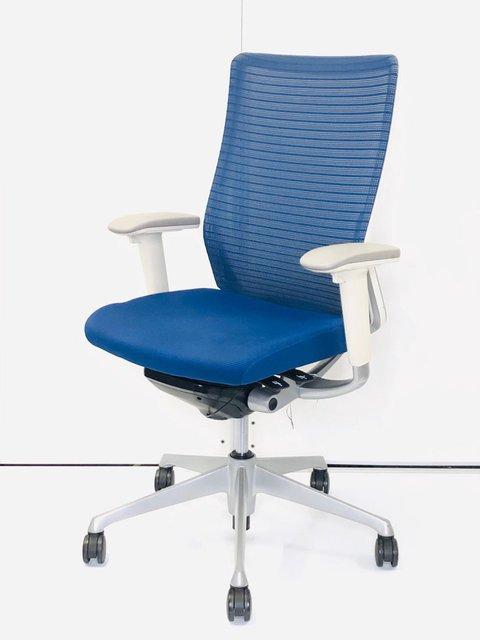 【メッシュチェア】洗浄済み/会議室でも執務室でも使える高級感/多機能/色:ミディアムブルーFSF3