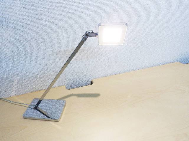フロスライト LEDタスクライト