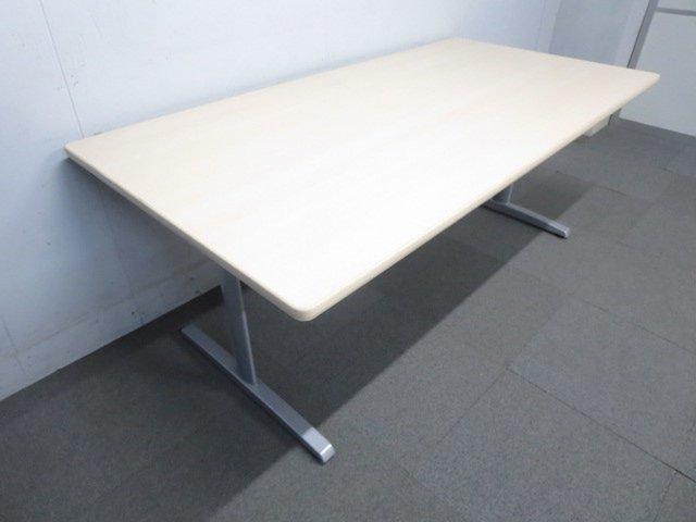 【幅広サイズで使いやすい!】■オカムラ製 会議用テーブル W1800mm 木目柄ナチュラルカラー!【リフレッシュスペースにもオススメ!】