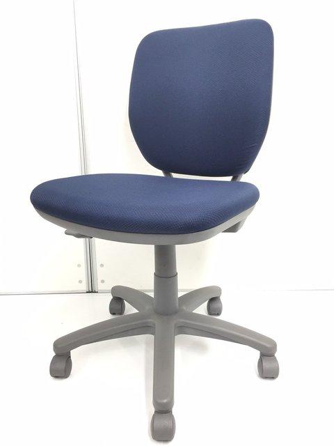 【大人気】大量入荷 オカムラ製 ヴィラージュ 事務椅子 使いやすいコンパクトサイズ【関西在庫数ナンバーワン・尼崎店】