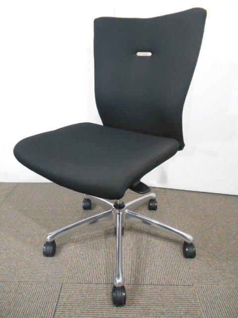 【8脚入荷!】|事務椅子|オフィスチェア|ブラック|【高級チェア】あらゆるオフィスにフィット!