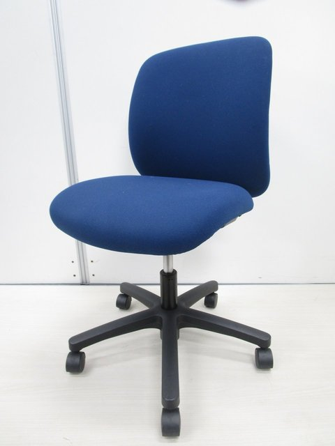 【10脚入荷!】|オフィスチェア|事務椅子|あらゆるオフィスにフィットしやすい定番チェア!