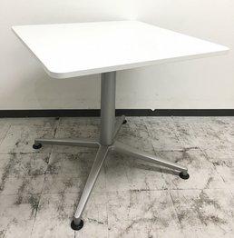 【リフレッシュスペースに最適!】■イトーキ製 ミーティングテーブル(W750mm)■ちょっとした打合せにも便利!【正方形】