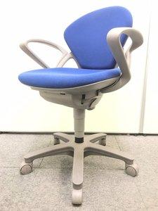 【在庫入替特価】スマートデザイン+優しい座り心地=ずっと座っていられるプレーゴ【倉庫在庫品】