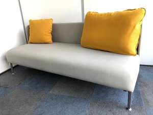 【オカムラ製3人用ソファ】オフィスの空間作りを応援します!緊急値下げ【SPG】