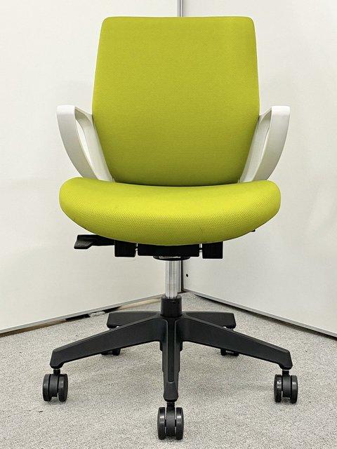 【在庫一掃セール品のため特価!】[コンパクトチェア!!]スマートなデザインと座り心地を追求!【J】                         ピコラ                                      中古