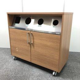 【ゴミ箱】4か所からゴミを入れれます。分別に便利です。