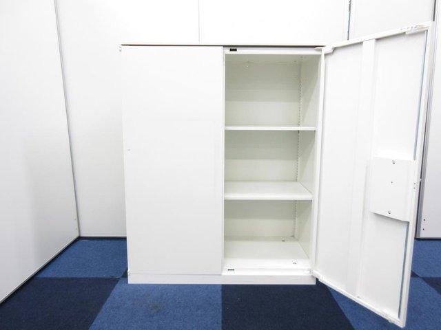 【鍵付】オカムラ製単体書庫2台入荷!オカムラ/レクトライン/両開き/ホワイト/売れ筋の単体書庫です。                         レクトライン                                      中古