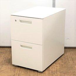 A4サイズの書類やファイルがたくさん収納できる2段タイプ!清潔感のある人気のホワイトです!