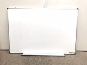 【オフィスの必需品】壁掛けタイプ!幅900mm高さ600