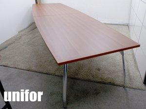 【展示品】unifor(ユニフォー) ミーティングテーブル イタリア