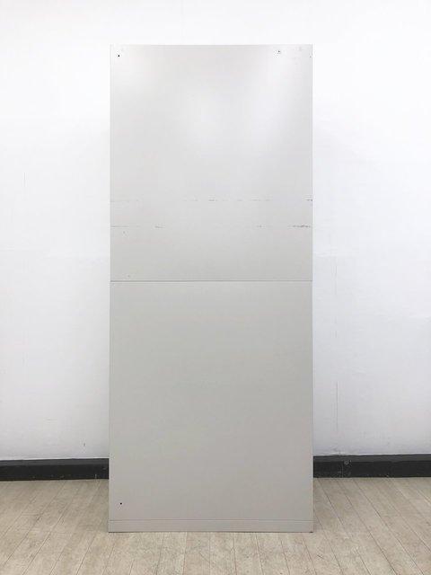 【鍵付】オカムラ定番キャビネットが1台入荷!両開きで使いやすく整理整頓におすすめ! オカムラ/42シリーズ/ニューグレー                         42                                      中古