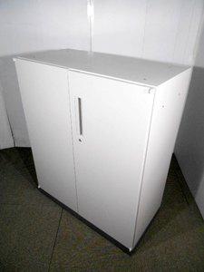 【注目ポイント】扉の180度開閉・20cm以上の使いやすい大きな取っ手