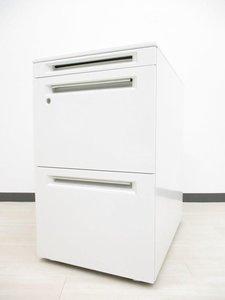 [人気のホワイト!!]岡村製作所 3段ワゴン A4ファイル2段収納可能で上段は小物入れに!!フリーアドレスデスクをご使用中のお客様におすすめです!![高さ650mm]
