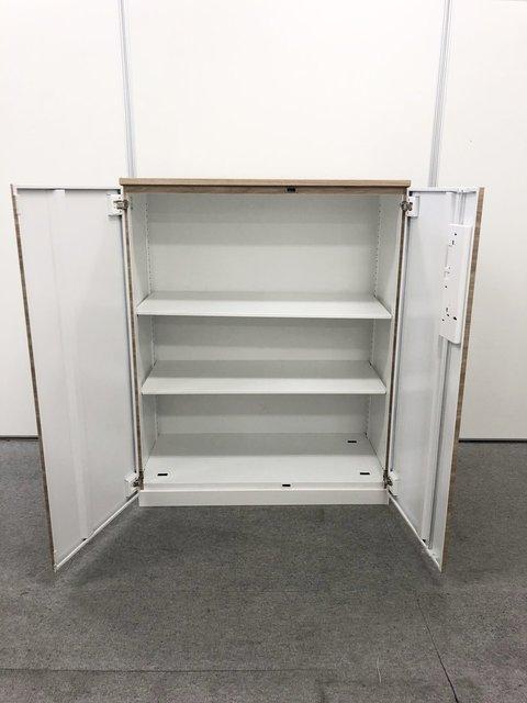 シート剥がれ/小さな凹み有のためお安く!【シート張り】棚板が2枚ありA4サイズが3段分収納可能です。                         エディア                                      中古