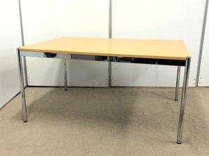 【あの人気海外製テーブル !!】入荷数はほとんどない希少なテーブル!