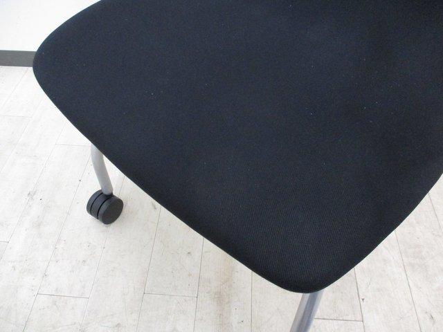 【シンタチェア】座り心地がいいミーティングチェア!肘付き!                         シエンタ                                     中古