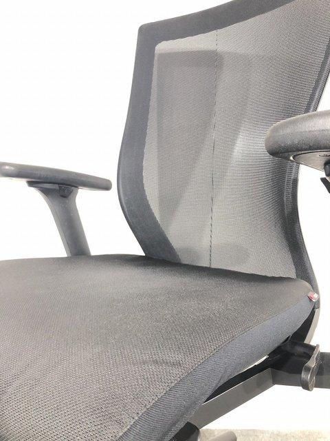 【関西倉庫在庫】 OAチェア 高級 椅子 在宅 テレワーク 執務 役員 ブラック 稼働肘 【ロット品】                         T500                                      中古