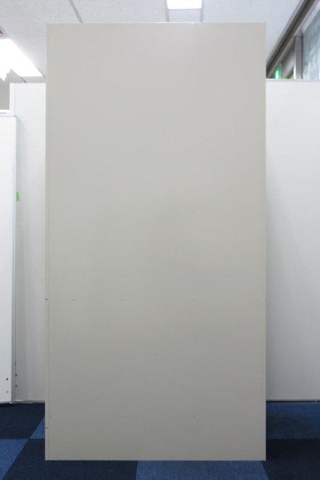 3人用ロッカー 内田洋行製 増員 新規起業 拠点開設 ニューグレー色 ロット 大量お問合せ可能 一人あたりの面積が広め ロングコートをかけることも可能 防犯面も安心                         その他シリーズ                                     中古