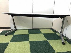【2台入荷!!】オカムラ製のサイドスタックテーブル!!キャスター付きで移動もできます!【関西在庫数ナンバーワン・尼崎店】
