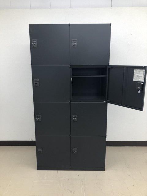 ファビュラスな漆黒がオフィスをクールに!オカムラ/レクトライン/ブラック                         レクトライン                                      中古