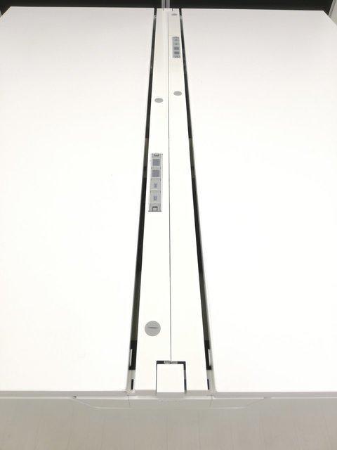 【幅3200mm】レイアウト変更必須アイテムフリアドデスク&ワゴン4台セット※USB電源付属タイプ配線楽々◆オカムラ製                         プロユニットフリーウェイ                                      中古